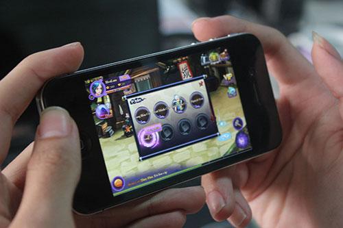 Dưới 2 triệu nên mua điện thoại giá rẻ nào chơi game tốt nhất?
