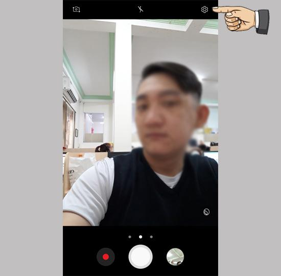 Chụp ảnh bằng lòng bàn tay trên điện thoại Samsung