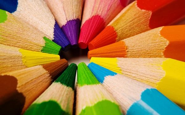 Màu sắc trong thiết kế trang web đà nẵng nói lên điều gì-2